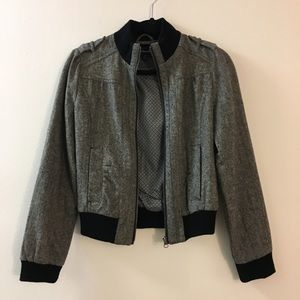 Stylish gray Heritage 1981 bomber jacket in size M